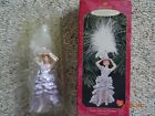 HALLMARK KEEPSAKE ORNAMENT - LUCY GETS IN PICTURES - LUCILLE BALL - BOX INCLUDED