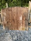 8 x WOODEN ARCHED FENCE PANELS IN NEED OF A LITTLE TLC SIZE 5 FT X 6 FT