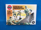 Airfix/Humbro 1/32nd WWII German Infantry #51551,14 figures in original 1986 box