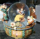 Disney  Collection Snow White DWARFS LARGE ROCKING CHAIR  Globe Musical