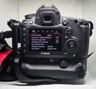 Canon EOS 5D Mark III with 580EX speedlite many extras low 8204 shutter count