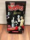 The Munsters HOT ROD HERMAN action figure 1 6th scale Majestic Studios 12