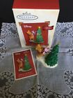 Hallmark Ornament Disney A Boost For Piglet Winnie The Pooh 2003 BX-A