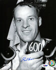 Gordie Howe Cards, Rookie Card Info and Autographed Memorabilia Guide 37