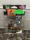 Lemax Spooky Town Grave Robber 02752 ~ NEW RARE/RETIRED Halloween Village Creepy