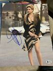 Beckett certified signed 11x14 photo BAS Jennifer Lawrence Hunger Games