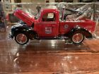 Collectors 2001 Series Vintage Tow Truck 118 Scale Mobil