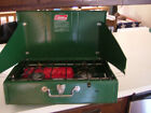 VINTAGE COLEMAN TWO BURNER CAMP     MODEL 413G499  STOVE WITH BOX