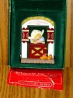 HALLMARK 1986 CHRISTMAS ORNAMENT -   HOLLAND  -  #2 Windows of the World series