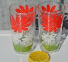 Set of 2 Swanky Swig Glasses with White and Red Daisies 4-3/4