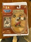 1998 Starting Lineup YOGI BERRA Baseball Figure MLB COOPERSTOWN COLLECTION  NICE