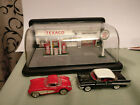 FRANKLIN MINT TEXACO service station 1:43 Two 1957 cars Corvette and Bellaire