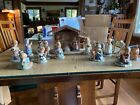 Berta Hummel Nativity BH 26 1996 1998 18 Pieces plus Manager good condition