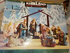 KIRKLAND 14 PC PORCELAIN NATIVITY SET + WOOD CRECHE COMPLETE IN BOX 75177