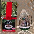 1991 HALLMARK CHRISTMAS ORNAMENT WITH BOX MAGIC LIGHT MOTION FOREST FROLICS 3RD