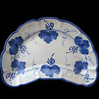 VIETRI CAMPAGNA UVE CRESCENT SALAD PLATE ITALIAN POTTERY BLUE GRAPES AND LEAVES