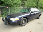 Ford: Crown Victoria 2001 for $700 dollars