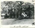 1975 Press Photo Start of a Two Horse March Race at Quarter Mile Race Track