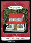 Hallmark 1999 FARM HOUSE 1st in the TOWN AND COUNTRY Ornament Series MIB