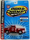 1997 Texaco 1956 Ford F100 Truck Red 1:43 Scale Die-Cast Road Champs Blue Carded