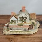 1987 David Winter Cottages Midlands Collection Lock Keepers Cottage w/ Box & COA